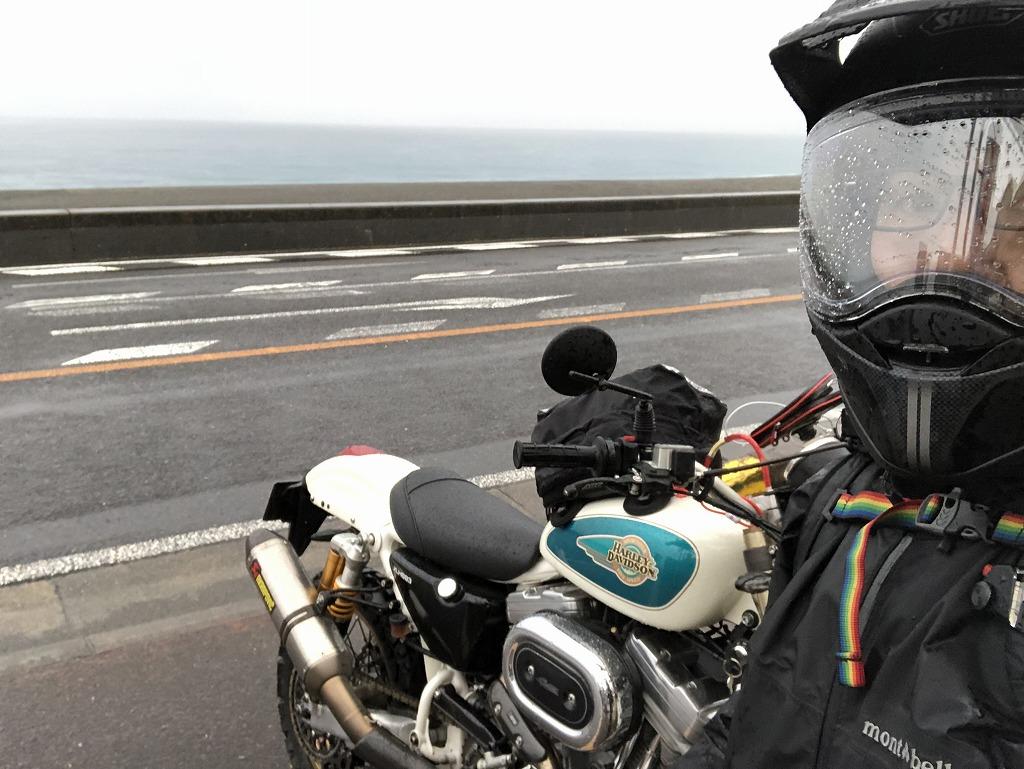バイク-雨-カッパ-スポーツスター
