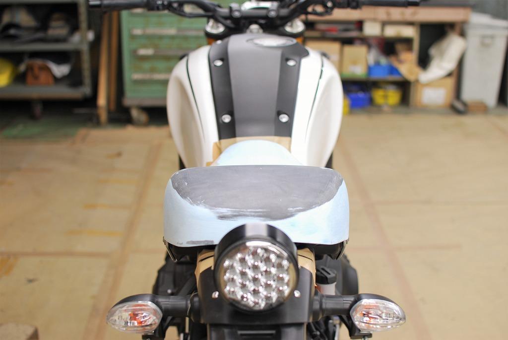 xsr900ハイシートk&hタンデム側の座面形状